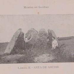 Pura Lorenzana na anta de Abuime (1930). (Revista Arquivos do SEG).
